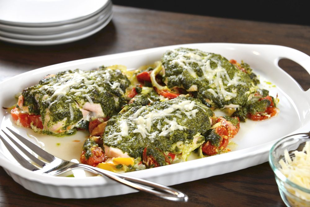 Une recette d'escalopes de poulet aux tomates pour les diabétiques.