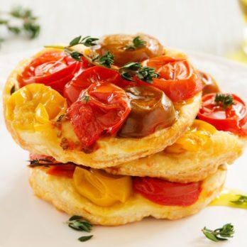 Petites tatins aux tomates confites