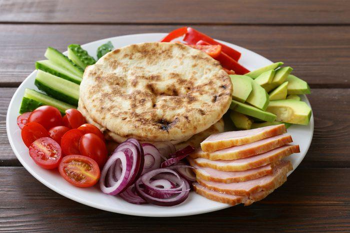 Recette de pita santé aux légumes.
