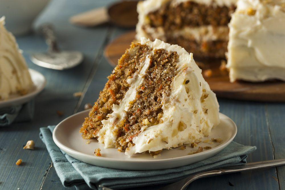 Une recette de gâteau aux carottes et ananas avec crémage