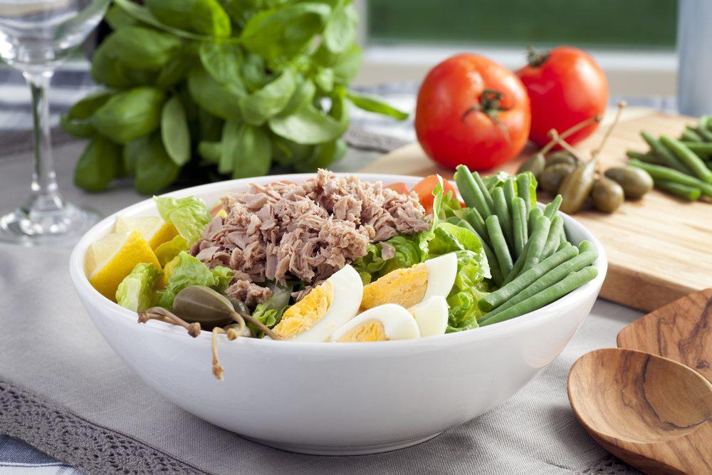 Une recette de salade de thon à la française faible en cholestérol