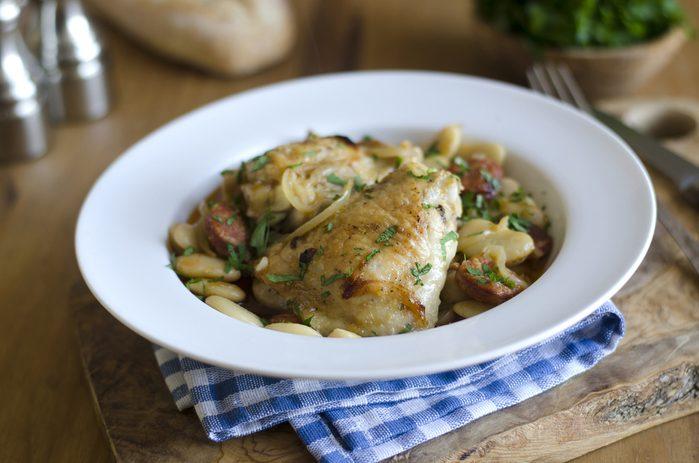 Un poulet à la courge et haricots
