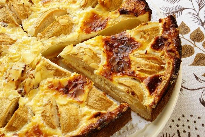 Une tarte amandine aux poires réconfortante
