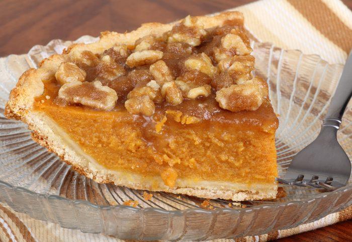 Une recette de tarte aux carottes et croute de noix