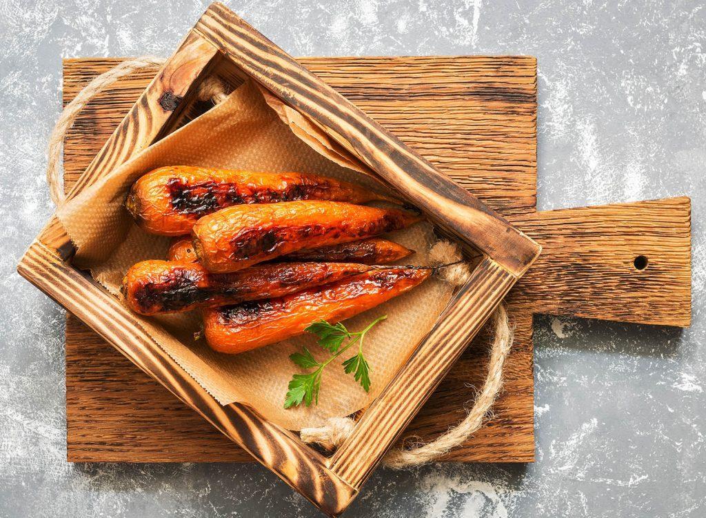 Action de grâce: suivez notre recette de carottes glacées au jus de grenade.