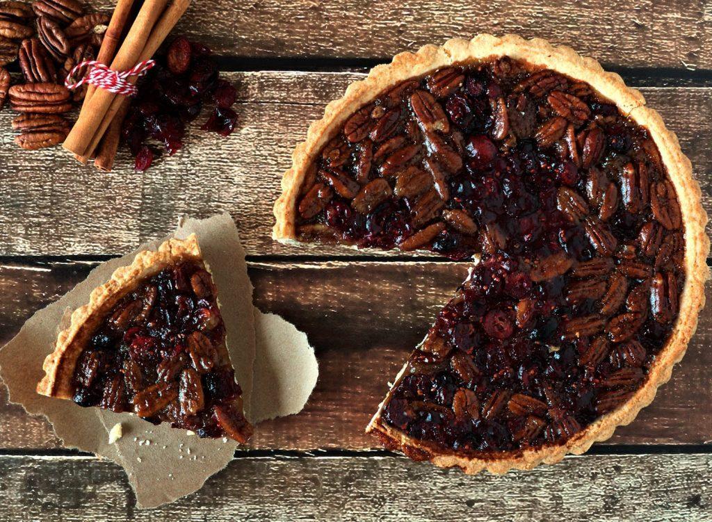 Action de grâce: préparez une tarte aux pacanes et canneberges pour bien terminer le repas.
