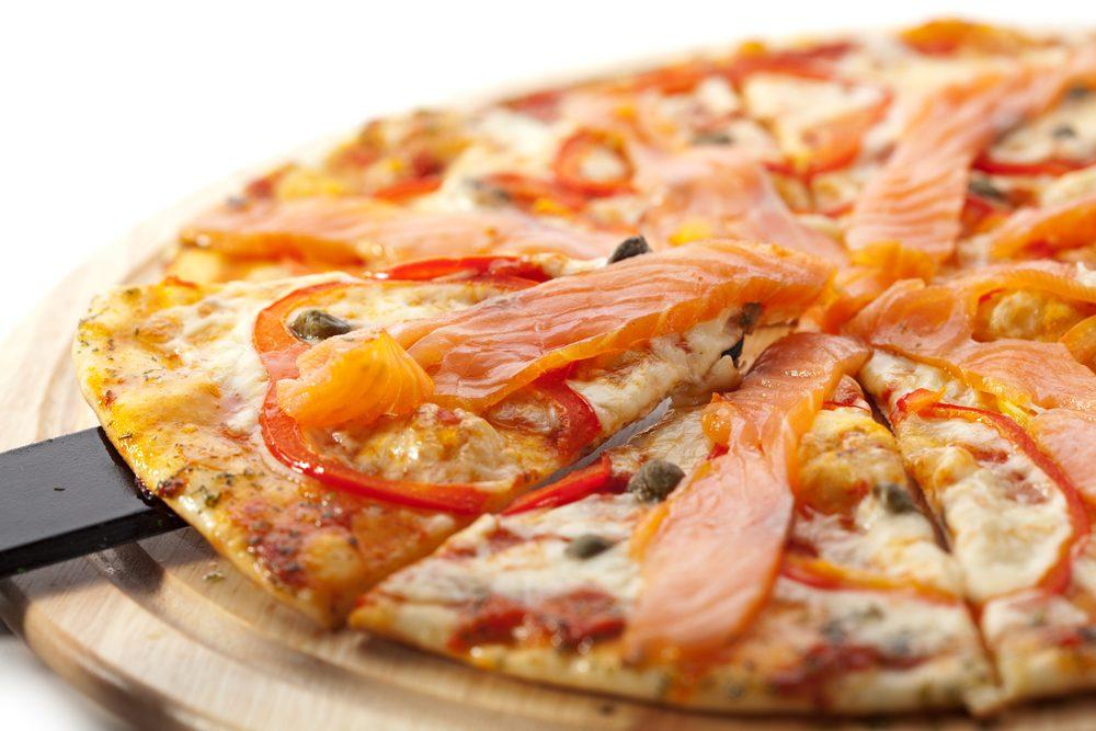Une recette de pizza au saumon