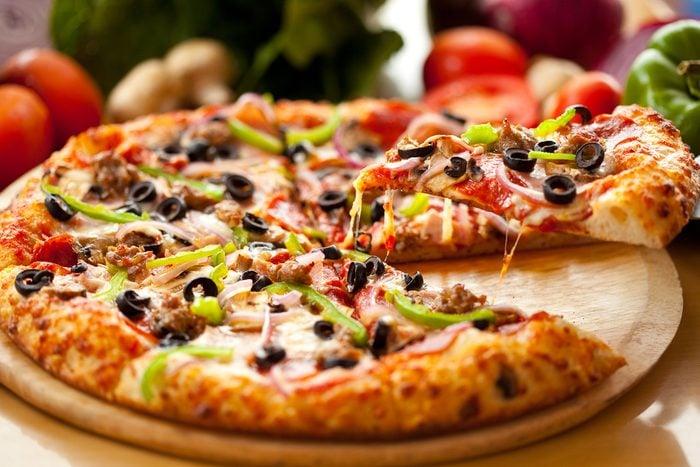 Une recette de pizza toute garnie