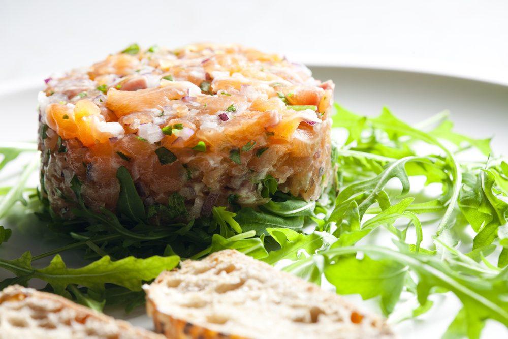 Une recette de tartare aux deux saumons pour Noël