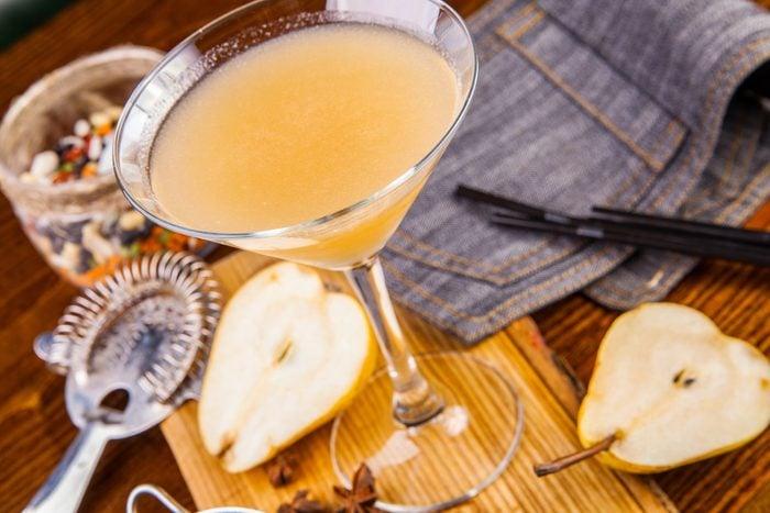 Une recette de cocktail sakétini à la poire