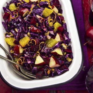 Salade de chou et de pommes, vinaigrette au fromage bleu