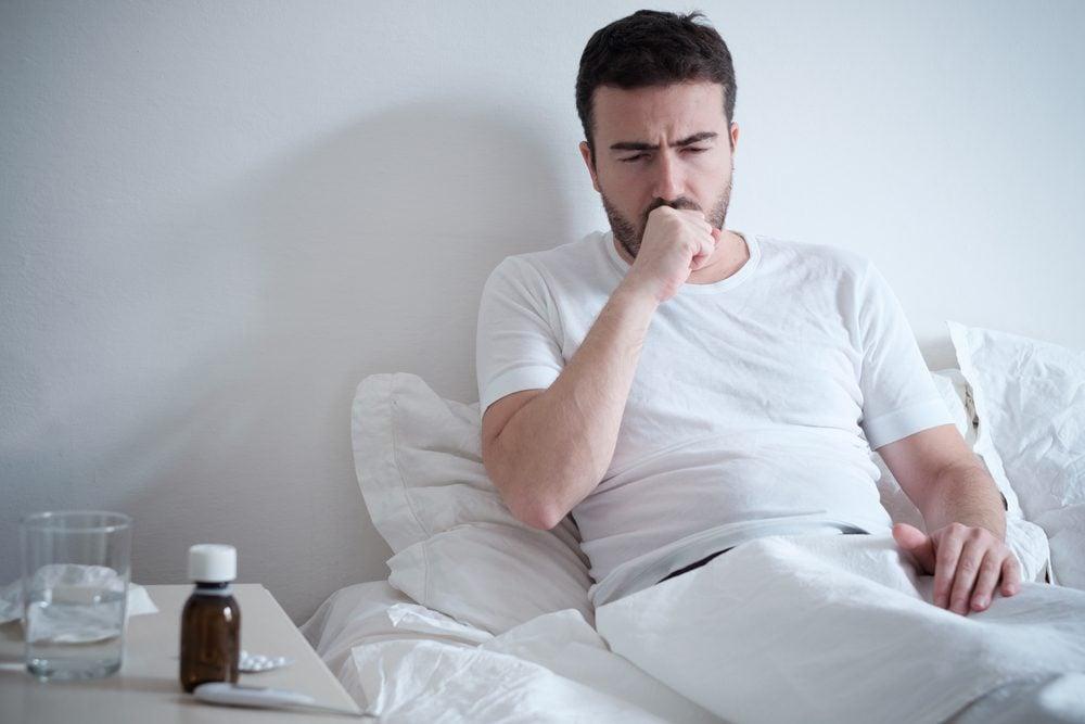 Une toux qui dure et qui est accompagnée de sang peut être une bronchite.