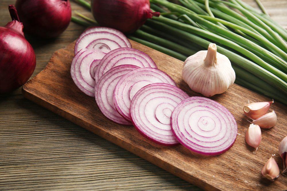 Bienfaits santé des oignons: diminuer l'hypertension.