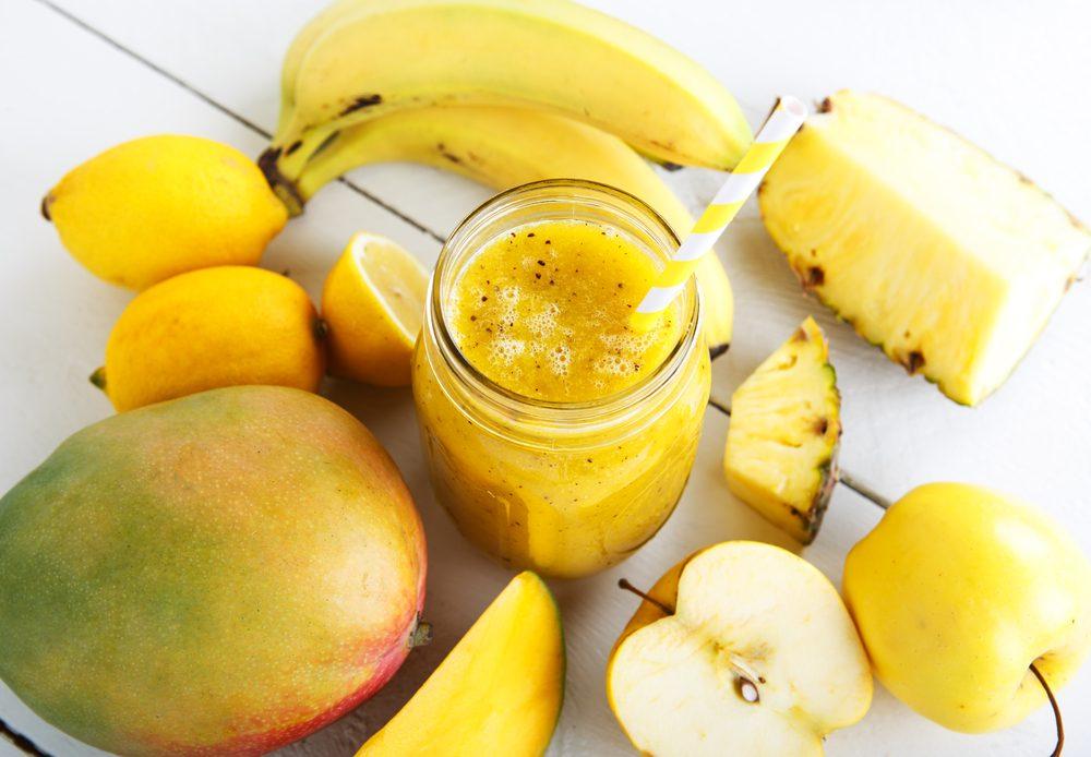 Une recette de smoothie à la banane et mangue