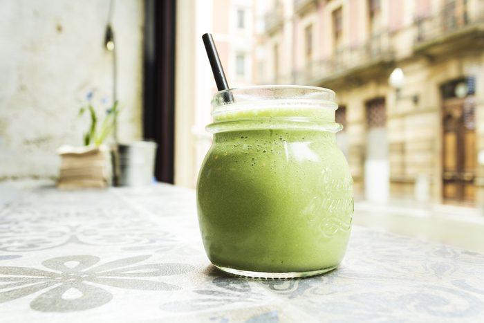Un smoothie menthe-kiwi pour maigrir sans se priver