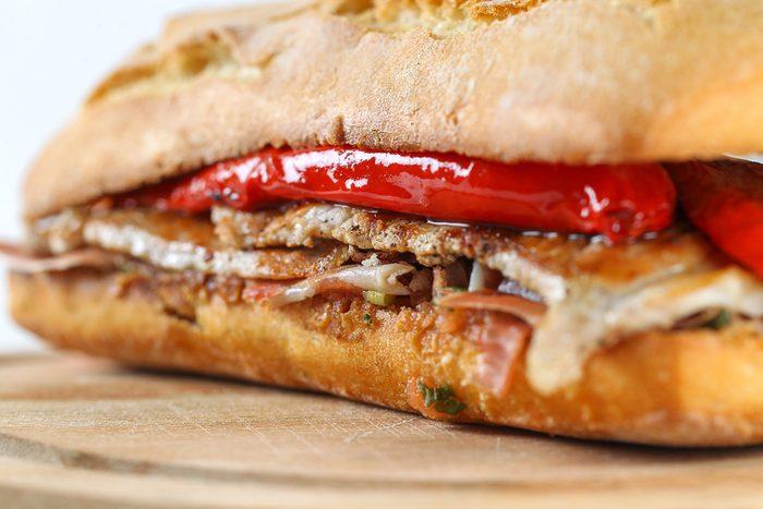 Une recette de sandwich jambon et poivron à la cubaine