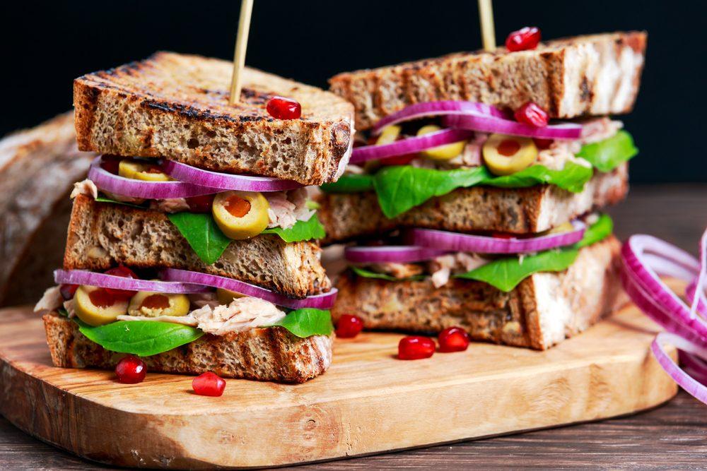 Une recette de sandwich grillé au thon