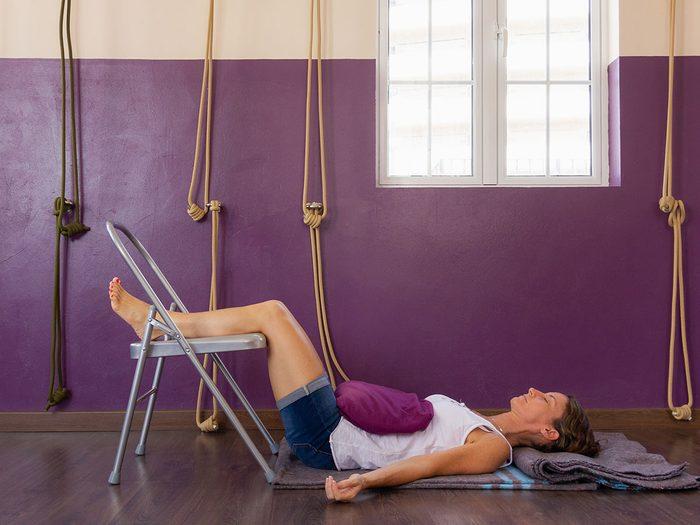 Le yoga Iyengar est l'un des types de yoga à essayer.