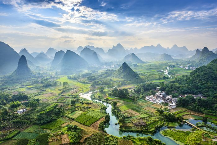 Une fois le billet d'avion acheté, voyager en Asie est économique.