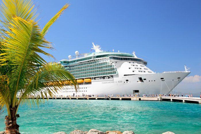 Faire une croisière permet de visiter plusieurs destinations en un seul voyage.