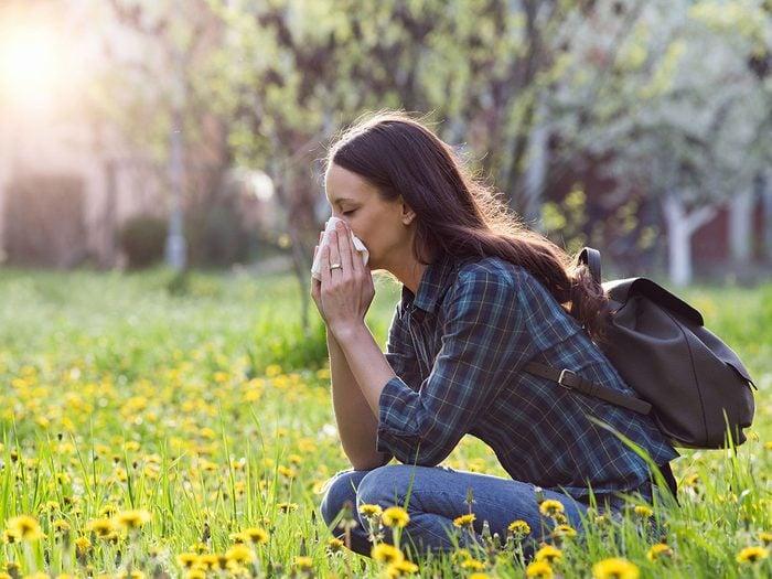 Voici 5 trucs étonnants pour réduire les allergènes.