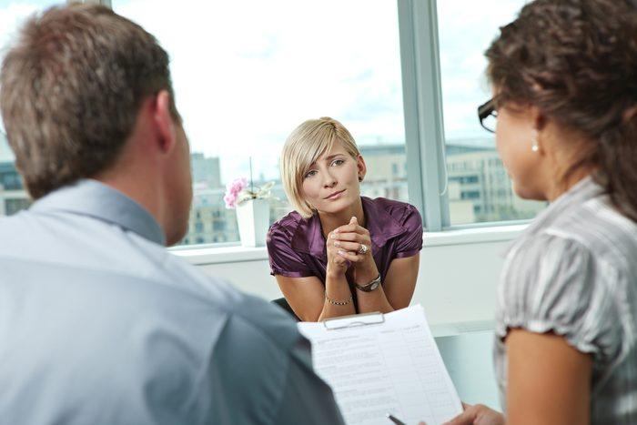 Erreur en entrevue d'embauche: être désespéré.