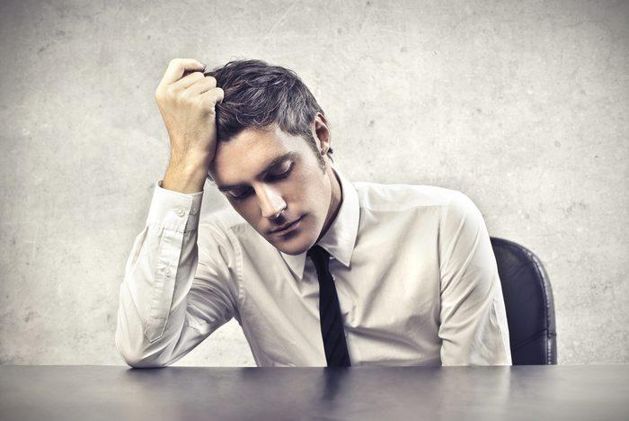 Erreur en entrevue d'embauche: être trop émotif.