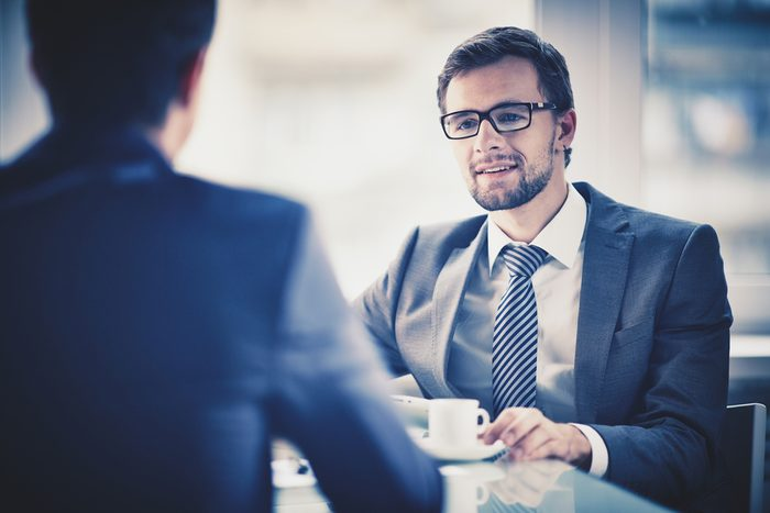 Erreur en entrevue d'embauche: ne pas montrer ses points faibles.