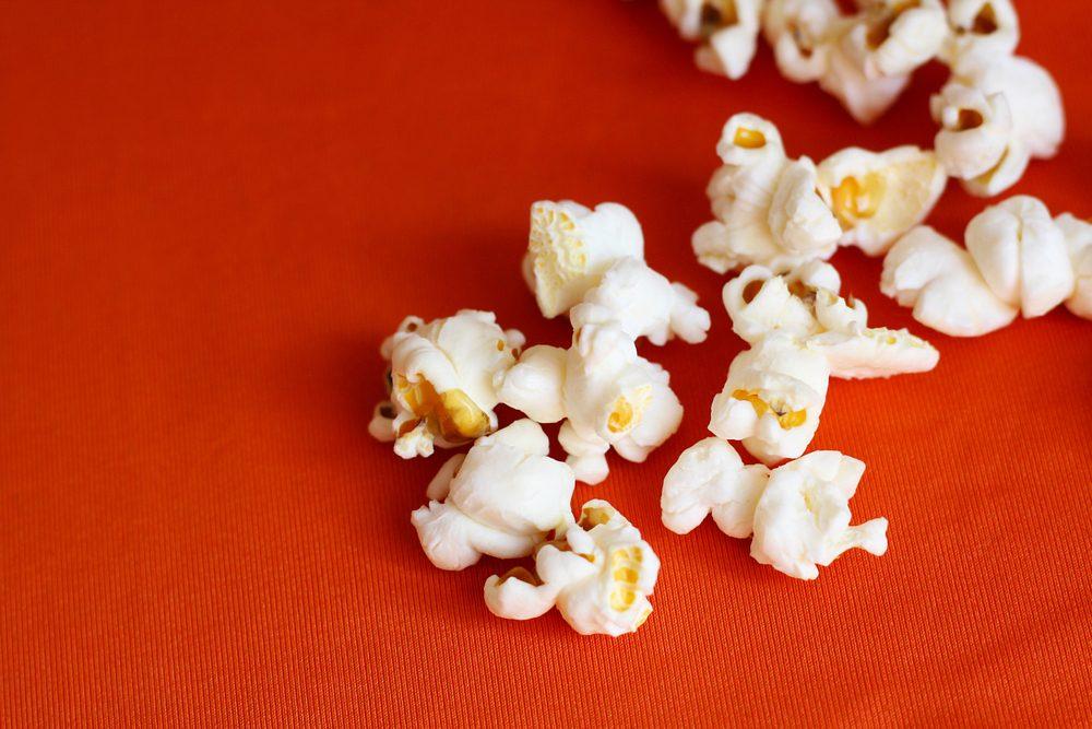 Autre bienfait du popcorn: le maïs soufflé est faible en calories.