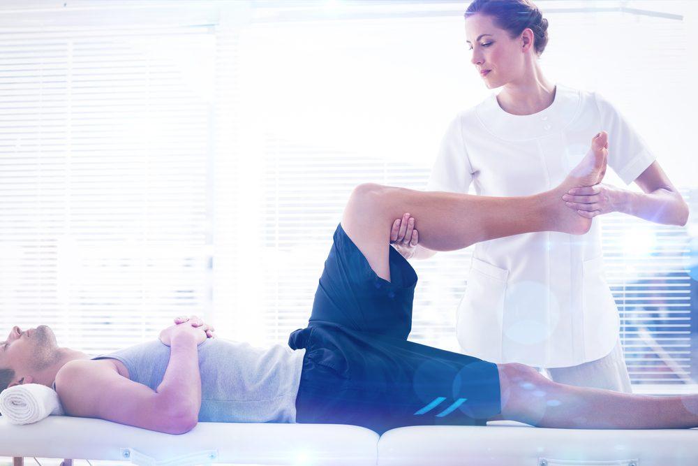 Si vous souffrez de maux de dos, consulter un professionnel, comme un physiothérapeute.