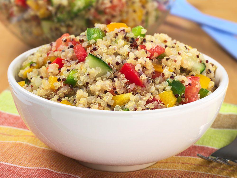 Du quinoa aux poivrons rouges pour un lundi sans viande.