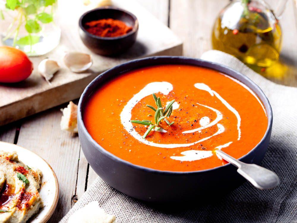 Gardez les croutes des produits laitiers pour les mettre dans une soupe.