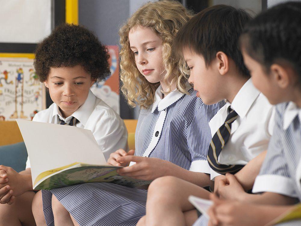 En Australie, le calendrier scolaire commence à la fin janvier et se termine en décembre.