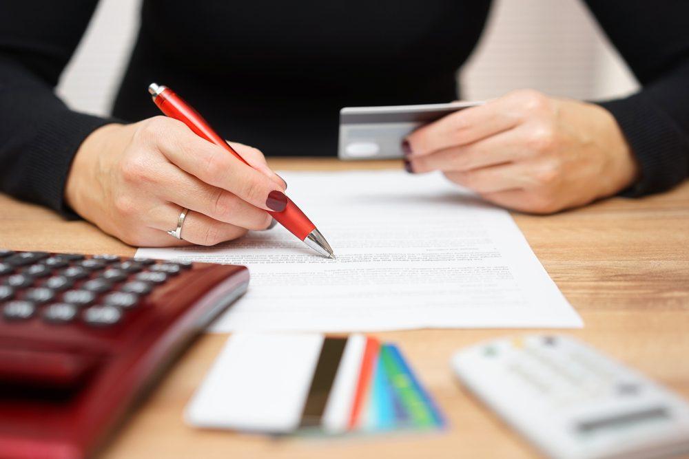 Regardez bien le type de clause de votre carte de crédit.