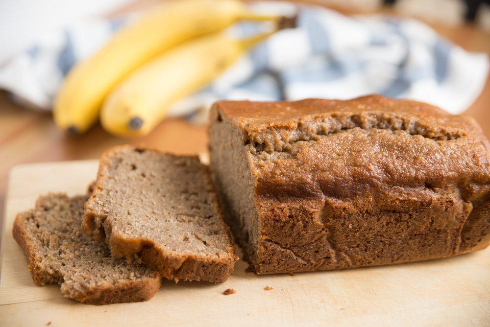 Diarhée et remède naturel: le pain, le riz, la compote de pommes et les bananes.