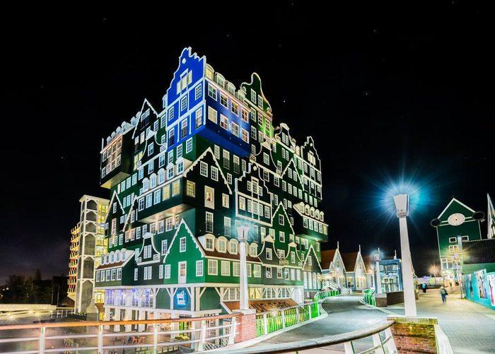 Un des hôtels les plus bizarres à Amsterdam