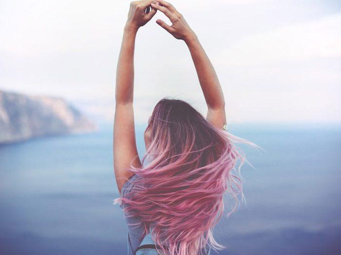 Se créer de fausses attentes est une erreur qui pourrait gâcher votre coloration de cheveux.