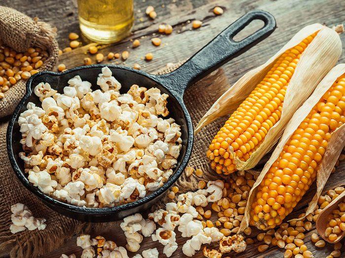 Recette de popcorn santé à l'indienne.