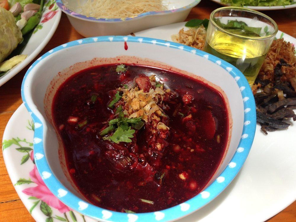 Un aliment des plus étranges, la soupe au sang