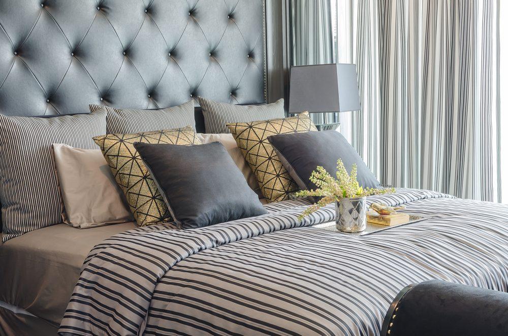 Un vaste choix d'oreillers, l'une des choses étonnantes qu'offrent certains hôtels