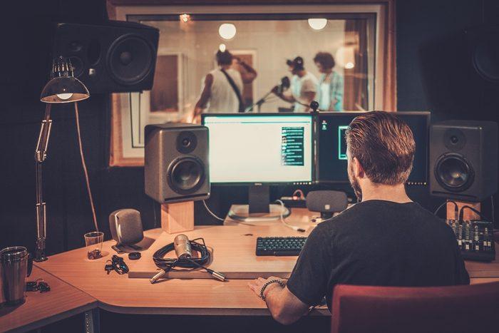 L'une des choses étonnantes qu'offrent cet hôtel: un studio de musique