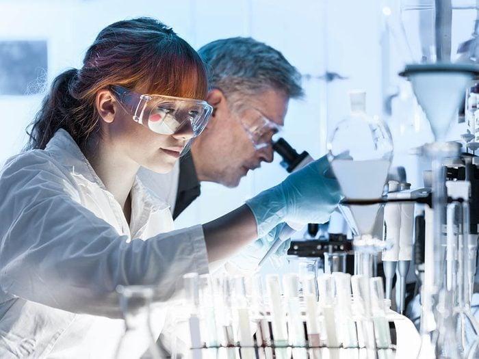 Arthrite rhumatoïde : des études sur les phénomènes auto-immunitaires sont en cours.