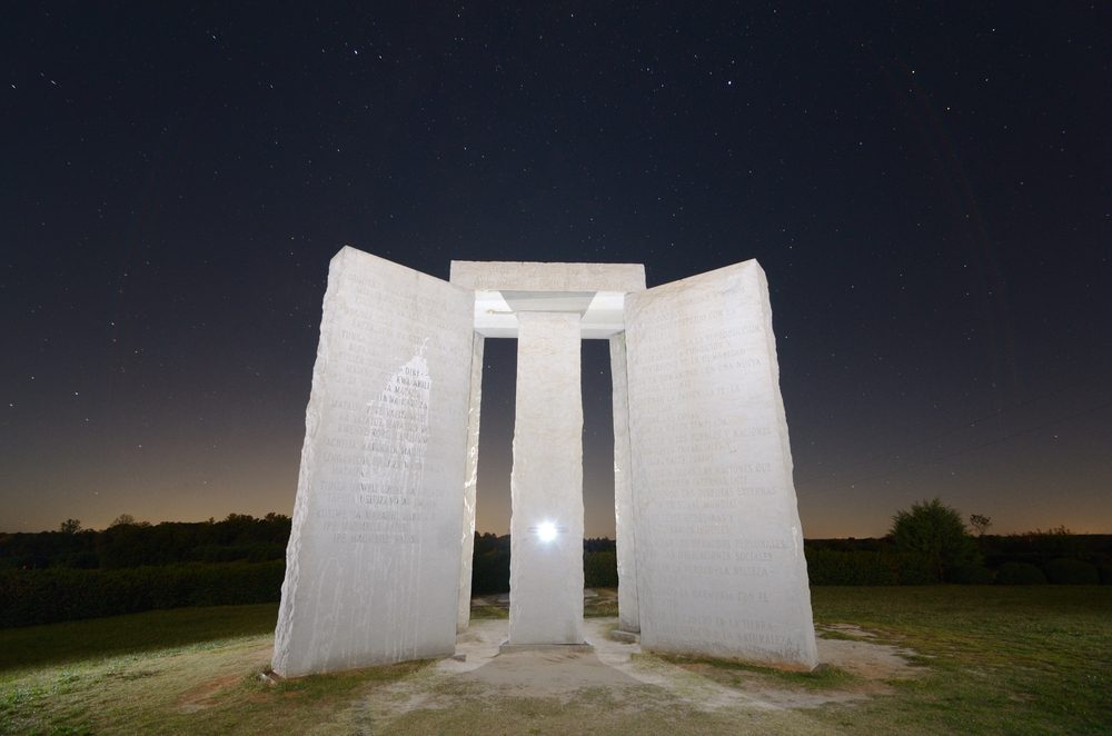 Une attraction touristique bizarre, Georgia Guidestones