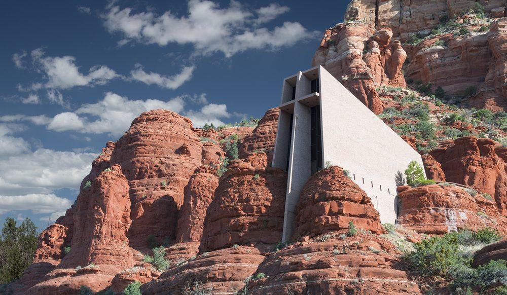 Une attraction touristique bizarre, la chapelle Sainte-Croix de Sedona