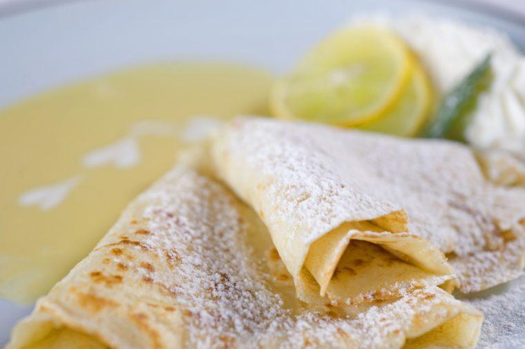 Une recette de crêpes végétaliennes au citron pour maigrir au déjeuner