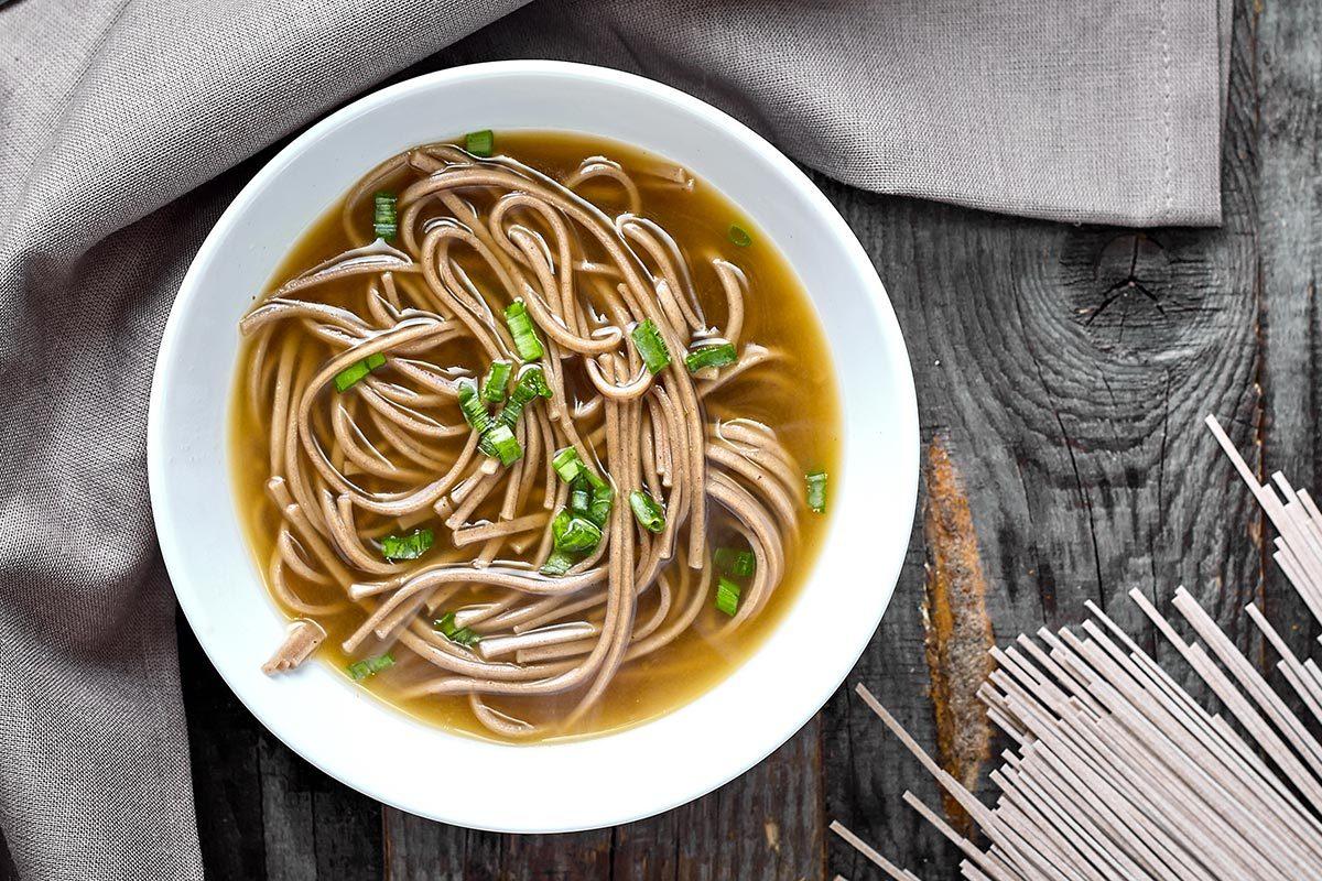 Recette de soupe miso au tofu.