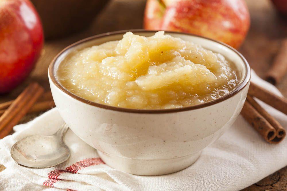 Coupe-faim : la compote de pomme est une excellente collation santé.