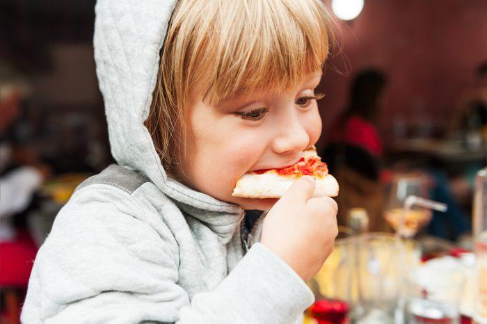 Comment choisir les plats pour vos enfants au restaurant.