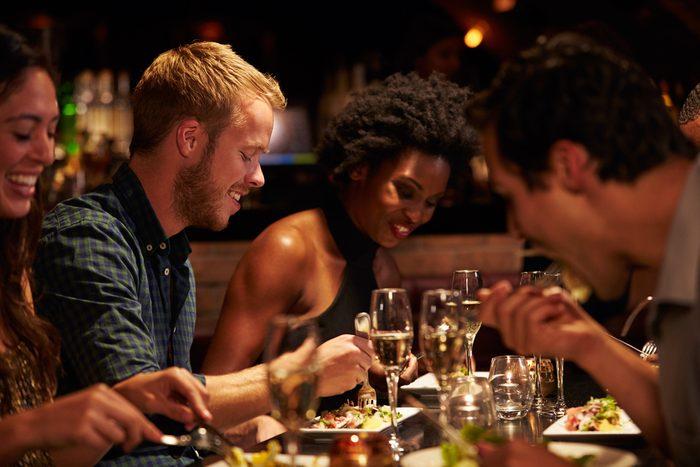 Une erreur à ne jamais commettre au restaurant: toujours choisir la table d'hôte.