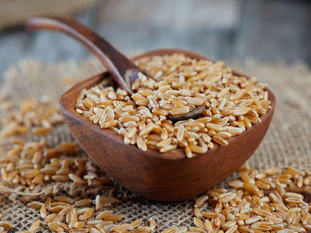 Le khorasan (kamut) est l'un des grains anciens nutritifs et riches en protéines.